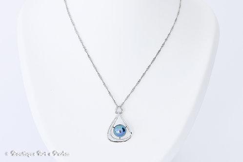 Cadena de plata trenzada con colgante triangular con perla azul/violeta