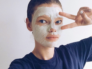 8 WAYS TO KEEP YOUR SKIN CLEAR