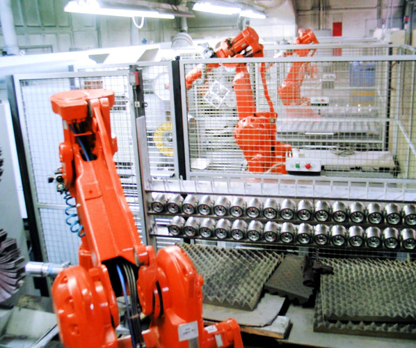 automated%20robots%203_edited.jpg
