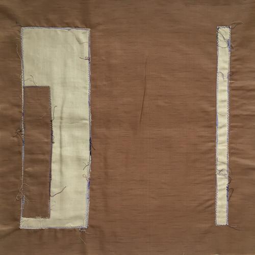 Ecru-bruin 2