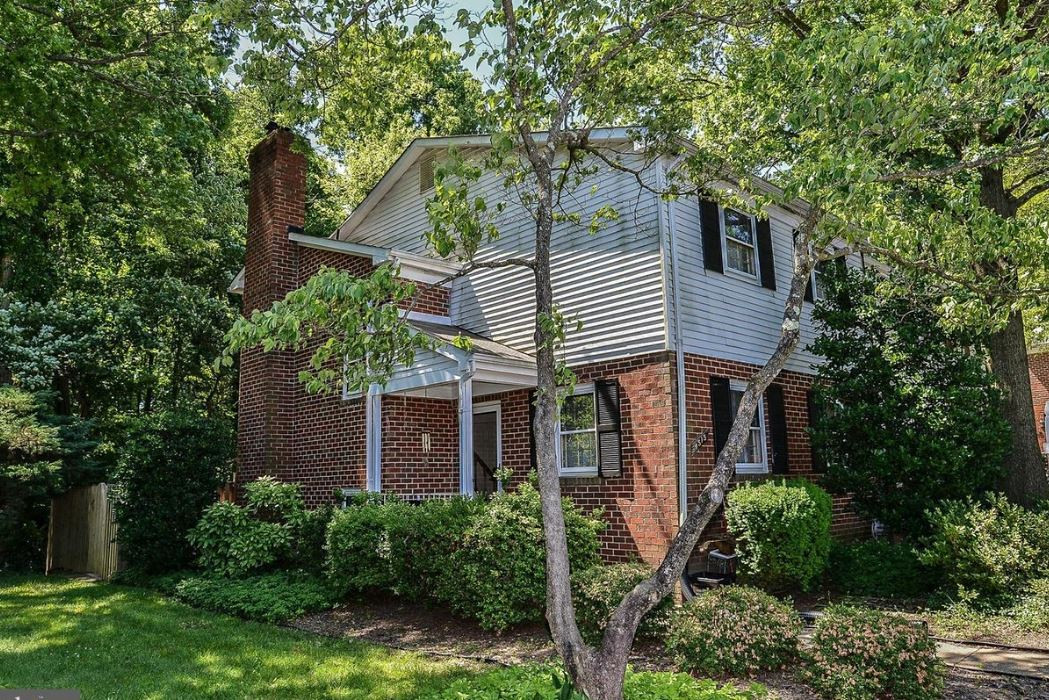 SOLD - Annandale