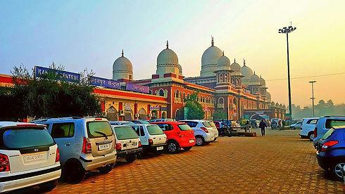 1200px-Kanpur_Central_Station.jpg