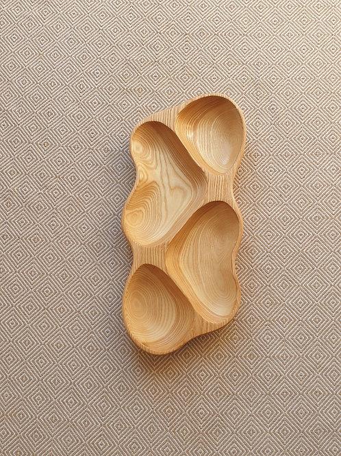 4 dalių padėklas iš uosio (41 cm)