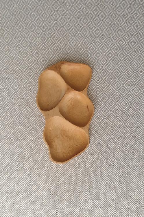 4 dalių padėklas iš uosio (44 cm)