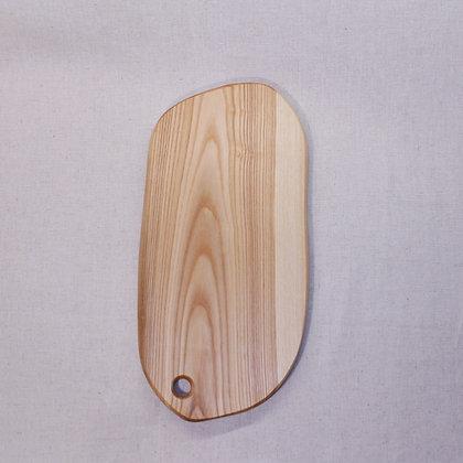 Ash-wood cutting board (43 cm)