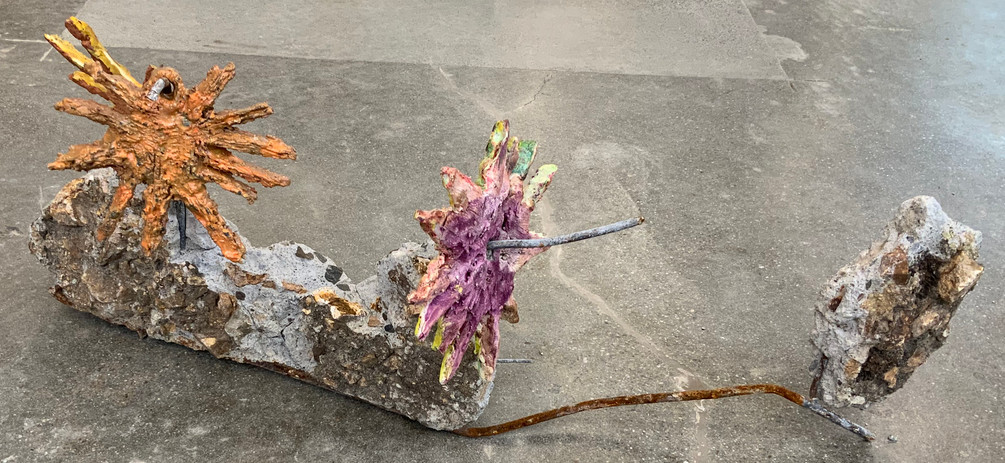Sahar Khoury untitled 2021 ceramics, concrete, steel 14 x 37 x 14 1/2 in courtesy Rebecca Camacho Presents