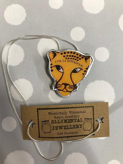 Ellymental resin leopard head necklace