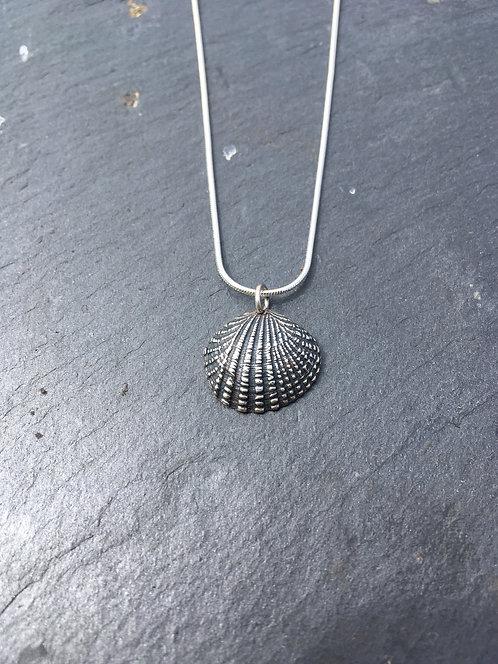 Carol James Silverfish cockle pendant