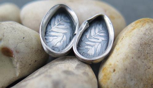 Ali Tregaskes Leaf Fold stud earrings