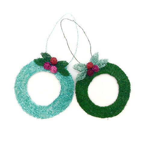 Jo Dewar Xmas wreath decoration