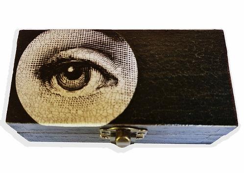 Jo Verity EYE box