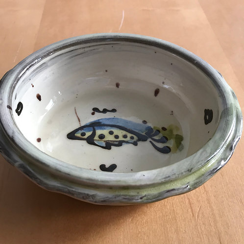 Josie Walter small oval fish pie dish