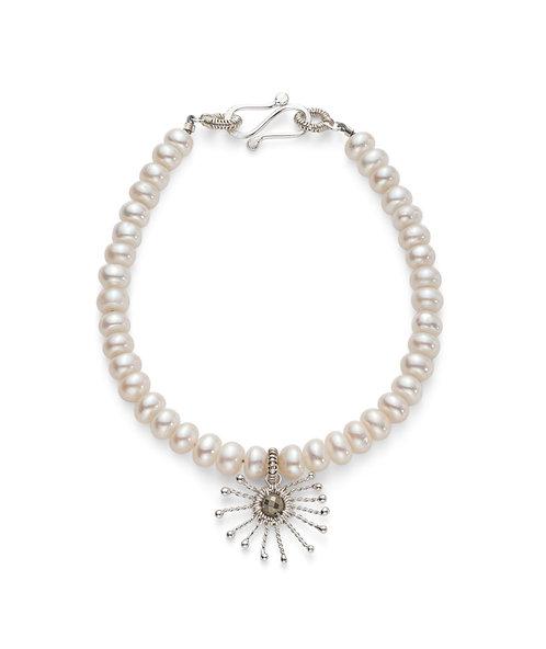 Rosie Keogh pearl bracelet