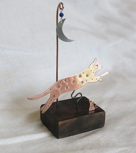 Amanda Rawling Cat & Moon sculpture