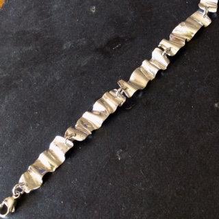 Carol Brook Silverfish small ribbon bracelet