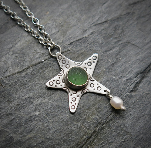 Amanda Rawling Starfish sea glass pendant