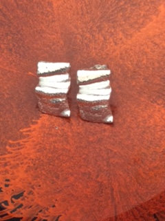 Carol Brook Silverfish large ribbon studs