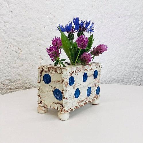 Sarah Monk slab flower pot with cobalt dots