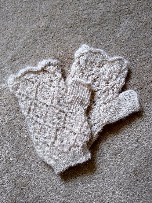 Chris Harris cream alpaca mittens