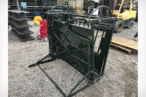 Cattle Squeeze Tilt  Table-PLEASE CALL TO ORDER