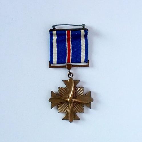 U.S.Air Force WW II Distinguished Flying Cross Medal
