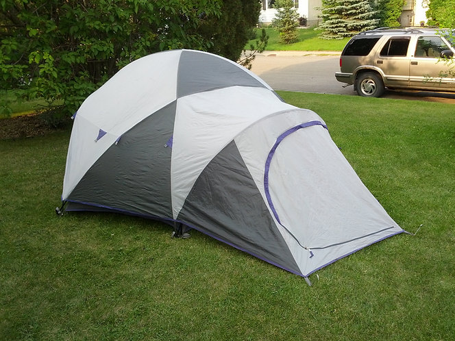 Quest Headwall 4 Man Dome Tent-Reconditioned