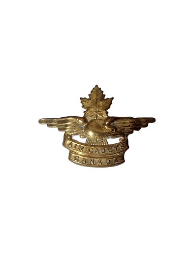 Vintage Royal Canadian Air Cadet Hat Badge