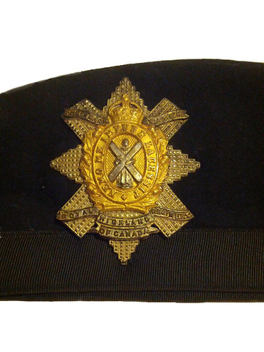 """WWII """"Black Watch"""" Officer's Cap Badge and Beret"""