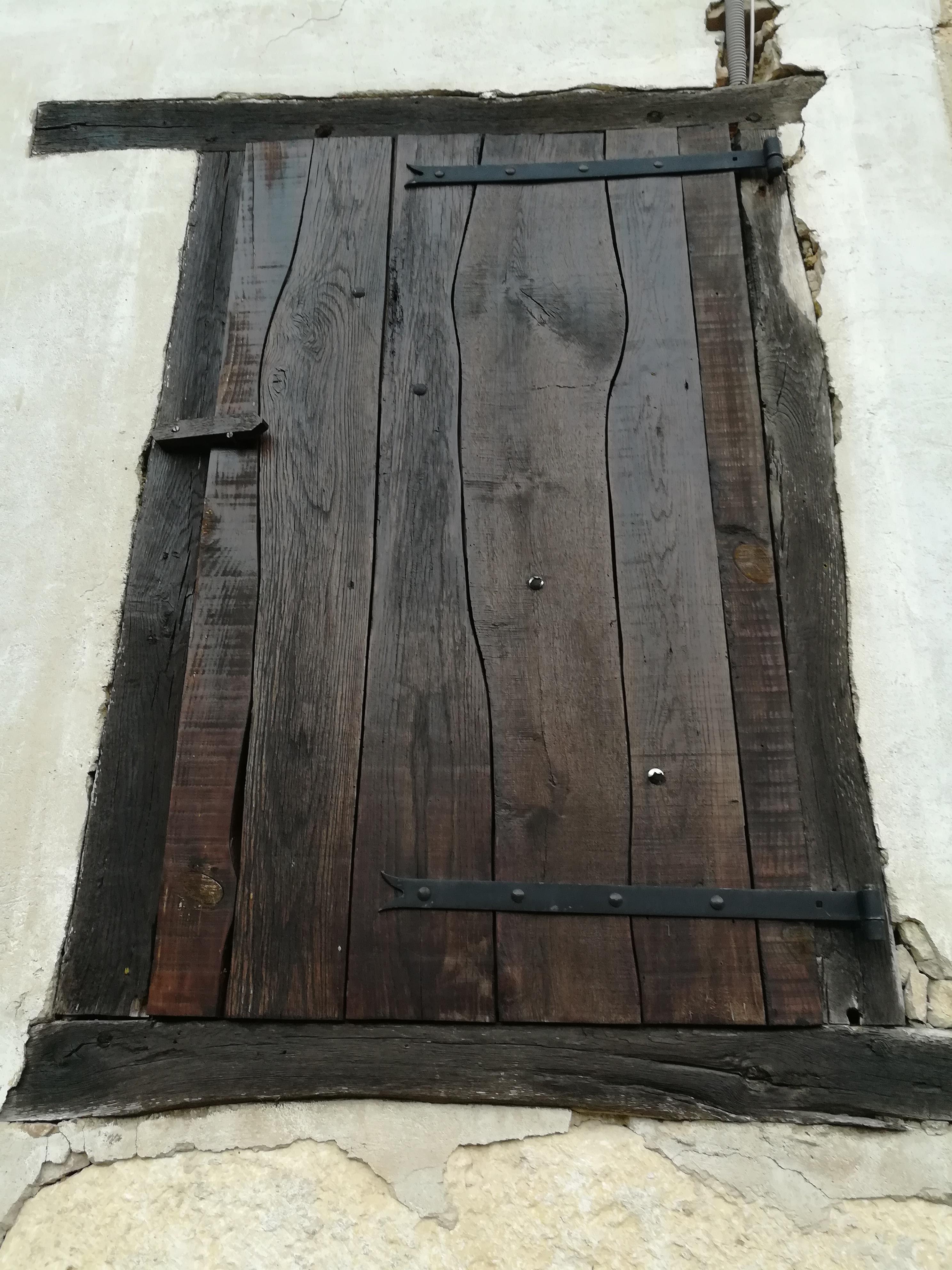 Réfection d'une porte ancienne