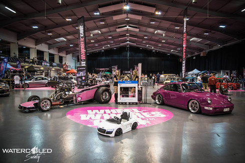 The Wheel Whores Show at Ultimate Stance