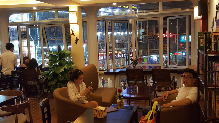LE GECKO CAFE SAPA 3.jpg