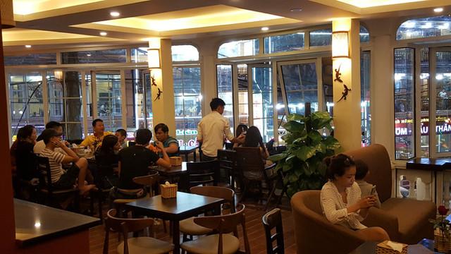LE GECKO CAFE SAPA 4.jpg