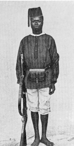 Le soldat Sakala fut le premier soldat de la FP à visiter la Belgique 1887
