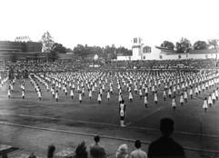 Démonstration de gymnastique par plus de 1000 élèves
