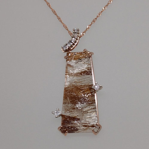 Pendant rutilated quartz and diamonds in rose gold