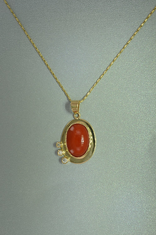 Pendant coral in gold