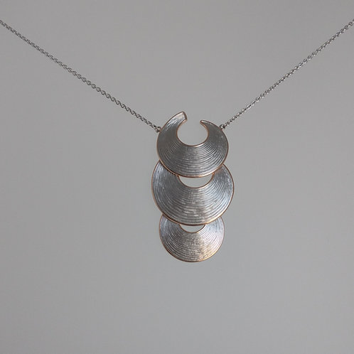 Necklace half moons by Breuning