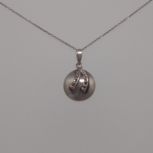 Pendant sterling silver with 14K yellow gold beads