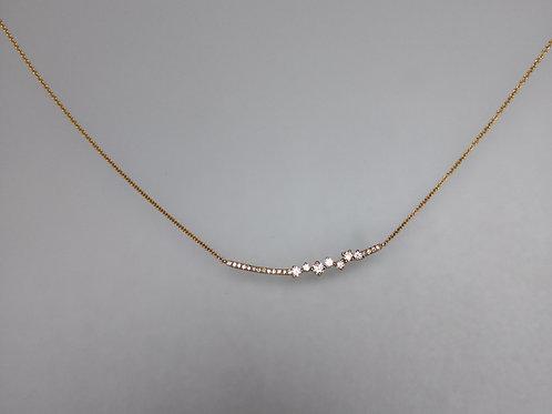 Necklace line of diamonds