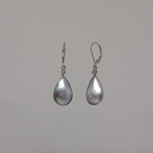 Earrings Tahitian pearls and diamonds