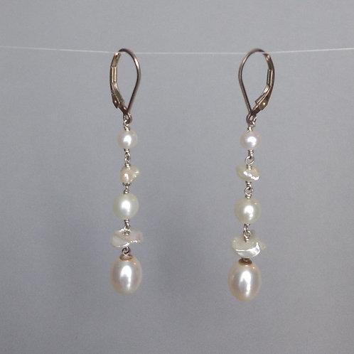 Earrings white pearls line