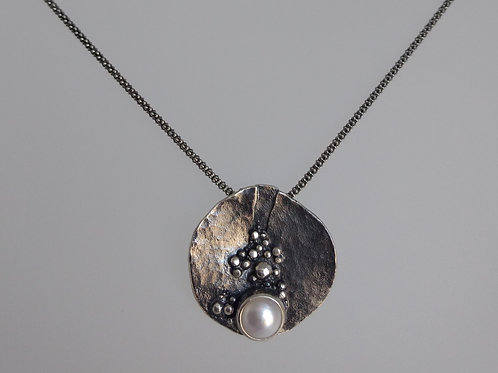 Pendant oxidized sterling silver with pearl by Eva Stone
