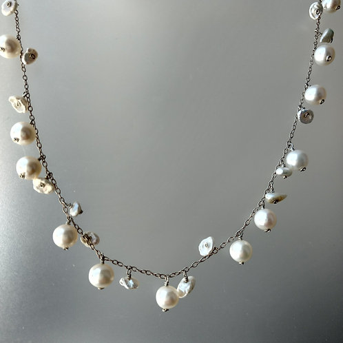 Necklace fresh water pearls