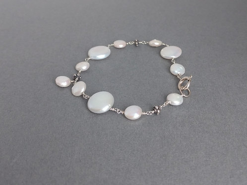 Bracelet coin pearls and sterling silver