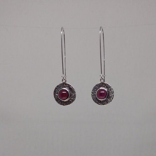 Earrings with garnet in sterling silver
