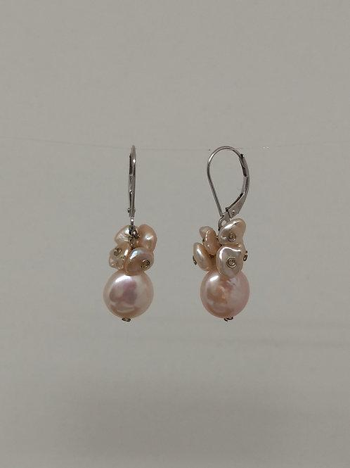 Earrings pink pearls cluster