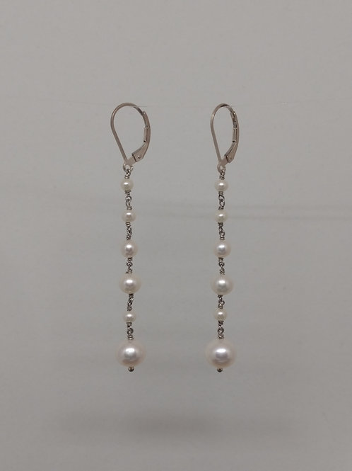 Lines of pearls earrings
