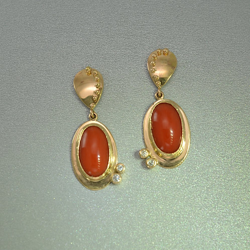 Corals in gold