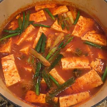 Kimchi Stew (김치 찌개, Kimchi Jjigae)