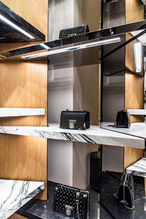 75_retail_interior_©matteogebbia.jpg